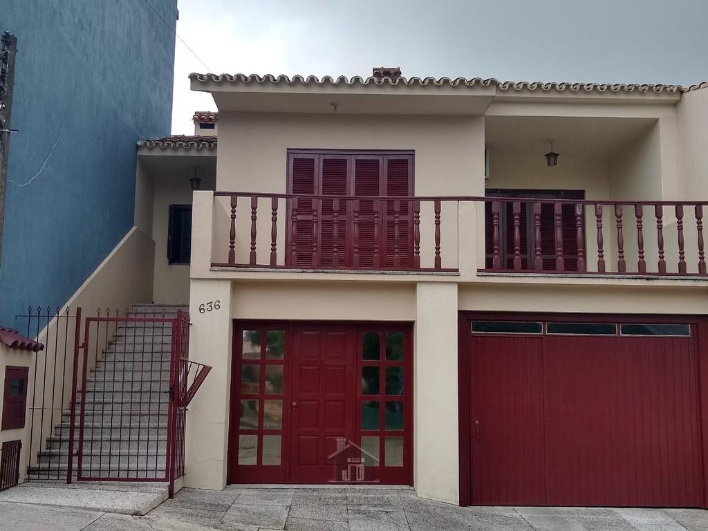 Casa bairro Prado 01 suíte garagem 03 carros