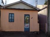 Casa 02 dormitórios bairro Triângulo