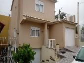Casa c/ suíte 03dormitórios, garagem, bairroUrugua