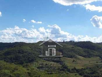 Areá  para agro-pecuária e reflorestamento