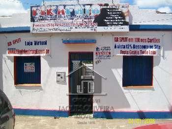 Casa Residencial e Comercial.