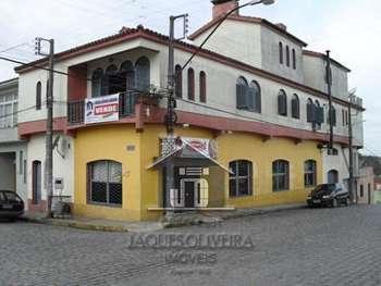 Apartamento-Casa e Salão Comercial