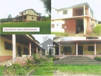 Casa Comercial e residencial.
