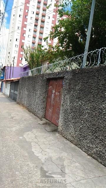 Terreno á venda na Penha Prox ao Metro