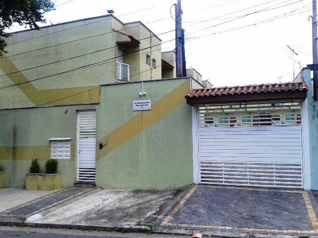 Sobrado em condomínio fechado p/ locação Vila Ré