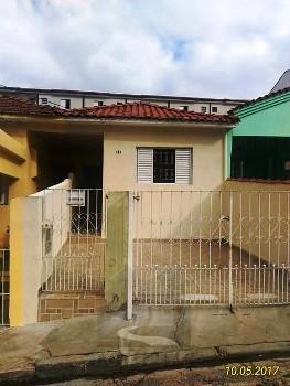 Casa térrea ampla para locação e venda na Penha