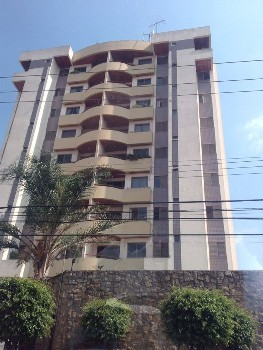 Apartamento venda ou locação no Tatuapé
