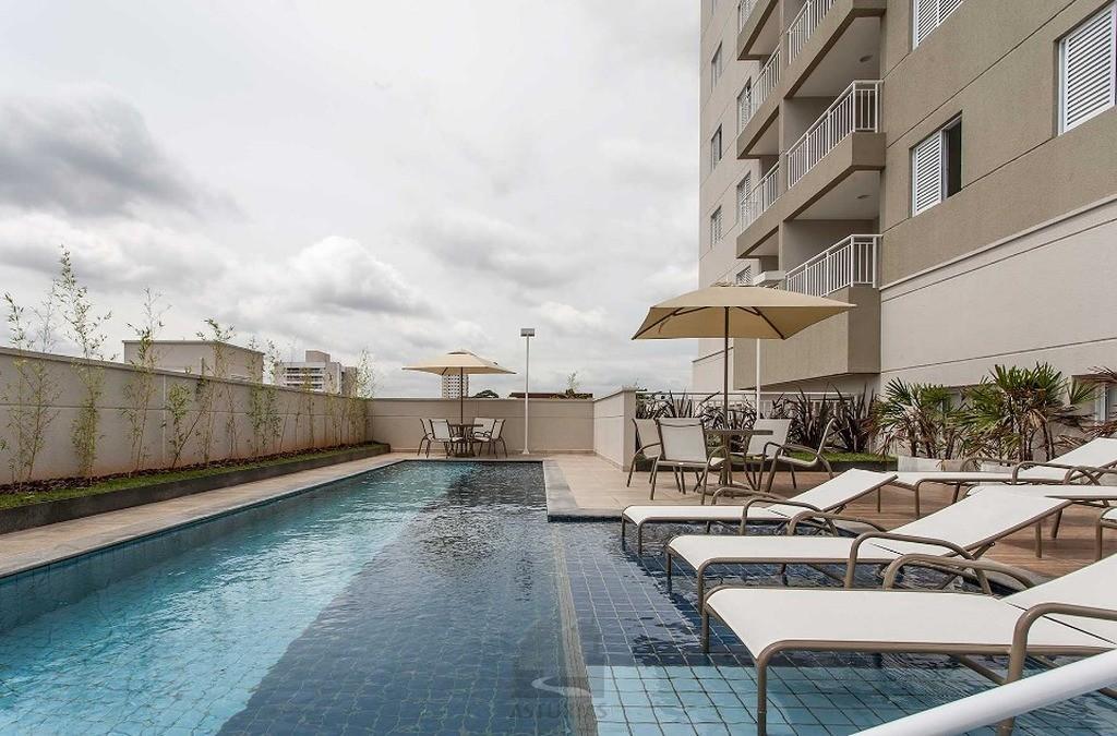 Apartamento com 3 dorm. 2 banheiros à Venda, 66 m²