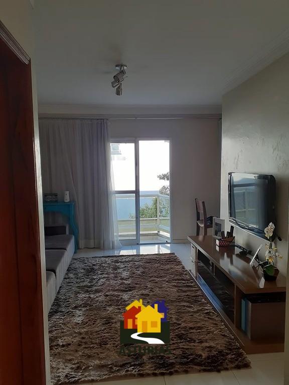 lindo sobrado em condominio de 3 dorm na Penha.