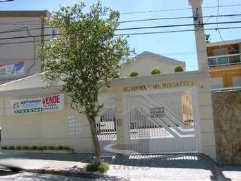 SOBRADO EM COD. FECHADO PR�X. METRO VL. MATILDE