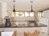 21 - Cozinha do salão de