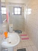 17 - Banheiro social foto