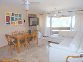 Apartamento na Praia Mansa. Ed. Torre Alta