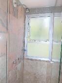 22 - Banheiro suíte foto