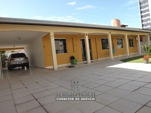 Belíssima residência em Caiobá