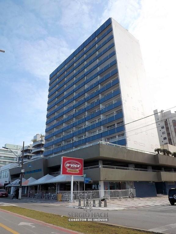 Apartamento frete pro mar em Caiobá