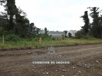 Terreno à venda em Matinhos com 718 m²