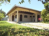 Casa com 4 dormitórios em Caiobá