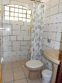 19 - Banheiro da suíte 01.JPG