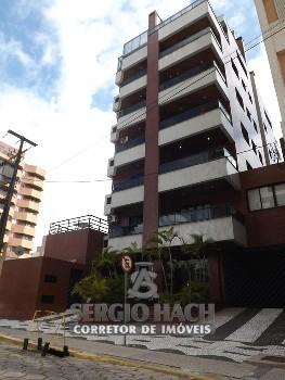Apartamento de 2 dormitórios para venda em Caiobá!