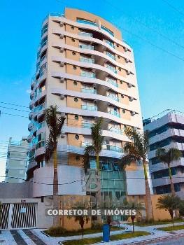 Cobertura duplex de 4 dormitórios em Caiobá