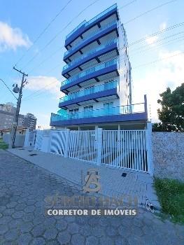 Apartamento Garden de 3 dormitórios em Caiobá