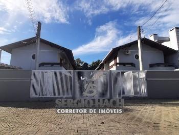 SOBRADO DE 2 DORMITÓRIOS NO CENTRO DE MATINHOS