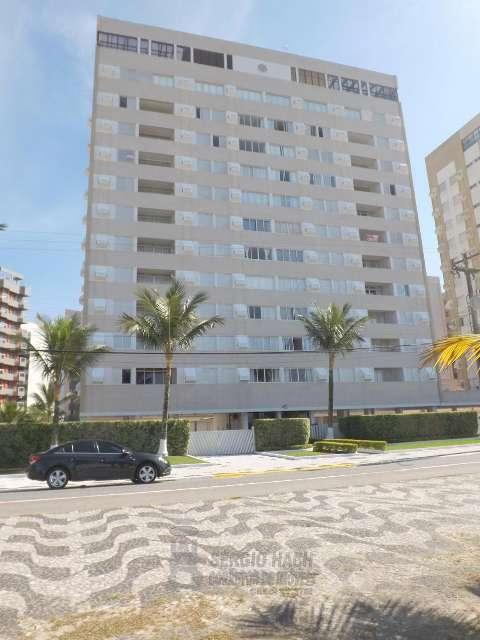 Apartamento de 2 dormitórios de frente para o mar