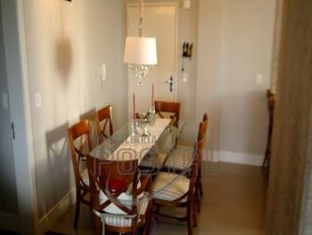 Apartamento de 02 Dormitórios com mobília