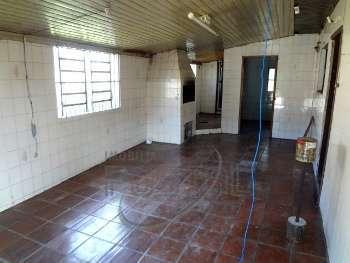 Casa de 04 Dormit�rios- Bairro Ouro Verde