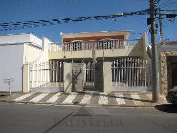 Casa 03 suítes - Vila Claudia
