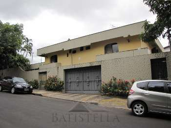 Casa 04 dormit�rios - Vila Mercedes