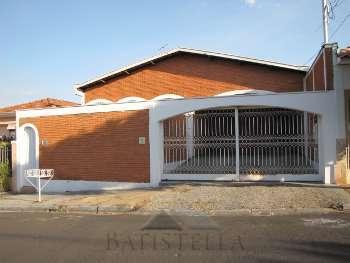 Casa 04 dormit�rios - Vila Claudia
