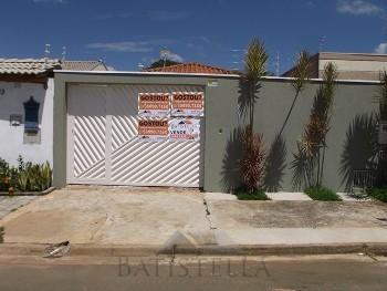 Casa 03 dormitórios - Vila Solar dos Nobres