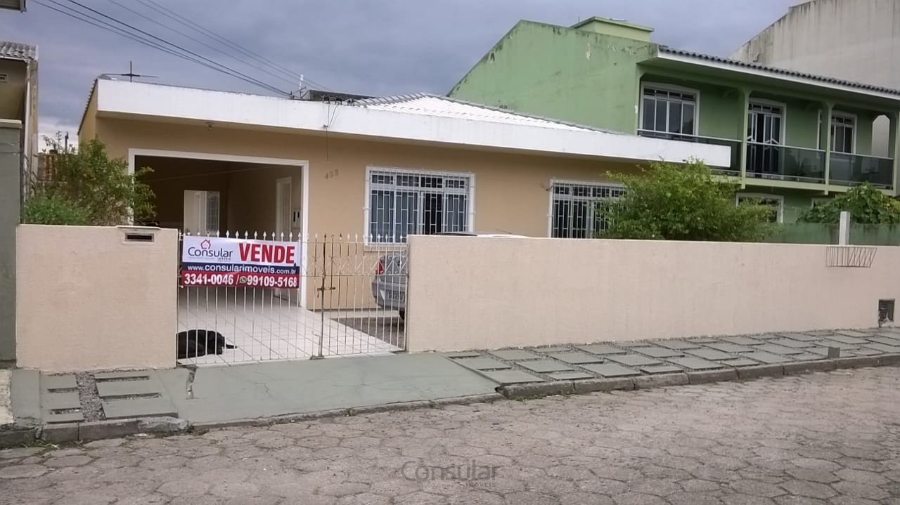 2 Casas sendo uma com suíte na Ponte do Imaruim