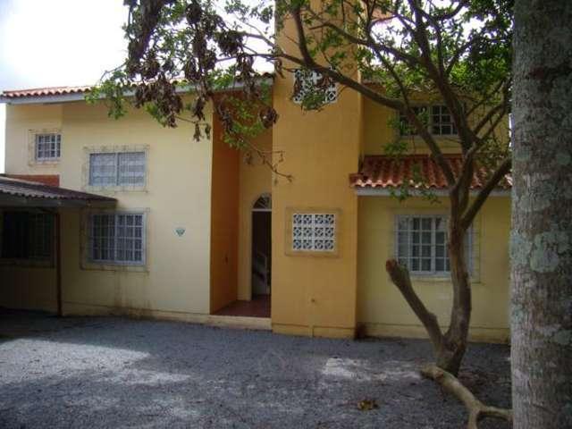 Casa 2 pavimentos c/6 dorm. na Praia de Fora