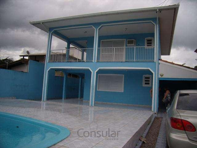 Casa 2 pav. com 2 dorm. na Praia de Fora