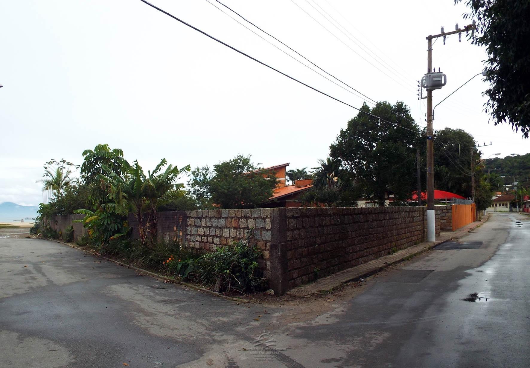 - VENDA - Terreno em Ponta das Canas
