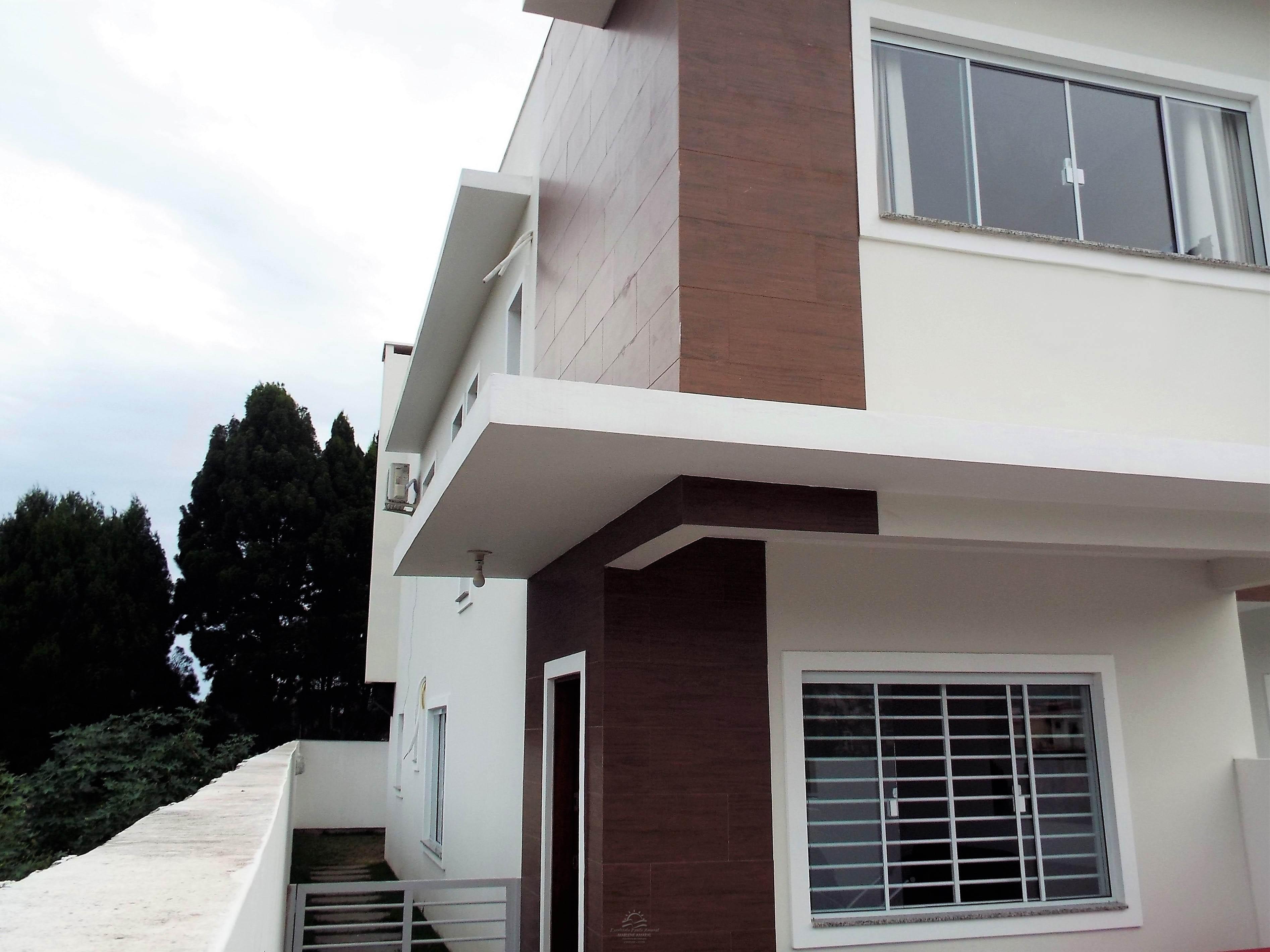 - VENDA - Casa Ótima 3 quartos - no Rio Vermelho