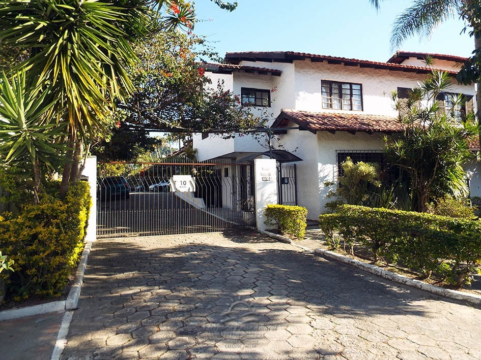Chalé Duplex 2 Dormitórios - em Canasvieiras