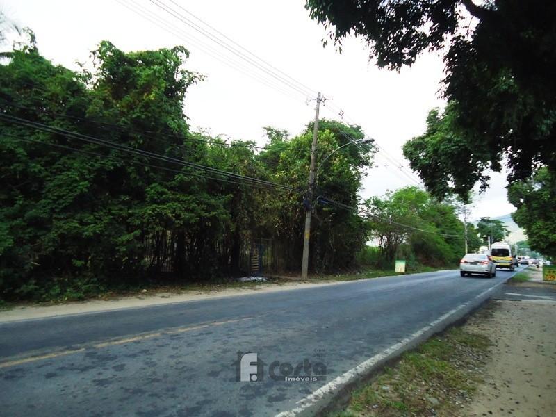 Terreno na Estrada Principal em Ilha de Guaratiba