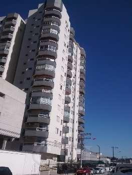 APTO DE 03 DORMITÓRIOS SENDO 01 SUITE EM SÃO JOSE