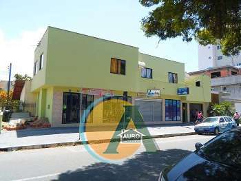 PR�DIO COMERCIAL NO CENTRO DE BALNE�RIO CAMBORIU