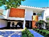 Casa a Venda no Alphaville 04, Aceita Permuta.