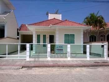 Linda casa em bairro nobre de Antonio Carlos!