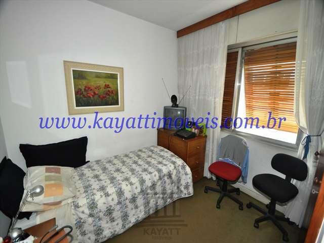 13. Dormitório
