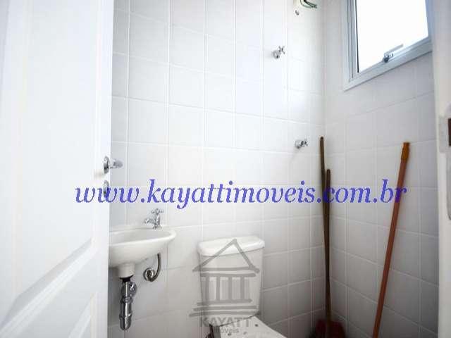 13.Banheiro de serviço (2)