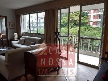 Apartamento à venda na Rua Humberto de Campos.