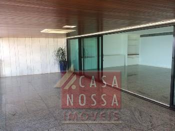 Apartamento à Venda na Avenida Vieira Souto