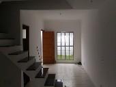 Casa de 03 dormitórios no Jardim Catanduva